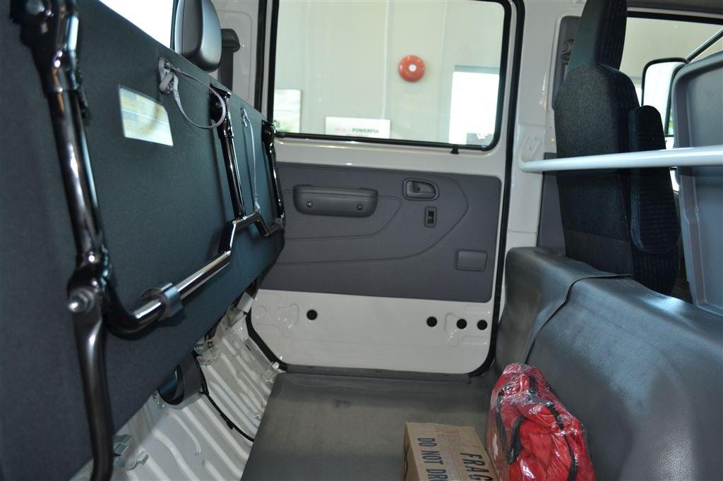 รีวิว รถบรรทุก Hino รุ่น 195 Crew Cab ใหม่ 2015