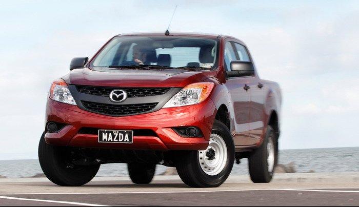 2016 Mazda BT50 facelift 03_900