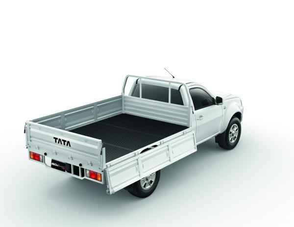 TATA ยกทัพรถบรรทุกกว่า 10 รุ่น ร่วมงาน Big Motor Sale 2015