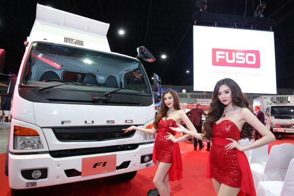 Fuso เดินหน้ารุกตลาดรถบรรทุกเมืองไทยแบบเต็มสูบ