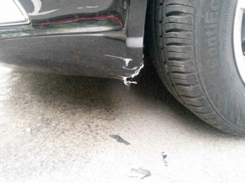 สภาพรถ Toyota RAV4 หลังถูกเจ้าตูบขย้ำ2