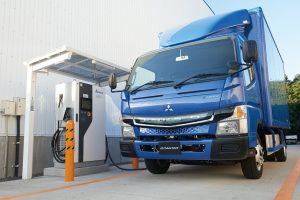 รถบรรทุกไฟฟ้า Fuso eCanter รถบรรทุกที่ใช้พลังงานไฟฟ้าเป็นอันดับแรกของโลก