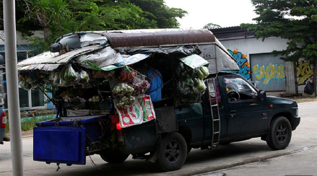 food truck ฟู้ดทรัค ฉบับคนไทย รถพุ่มพวง