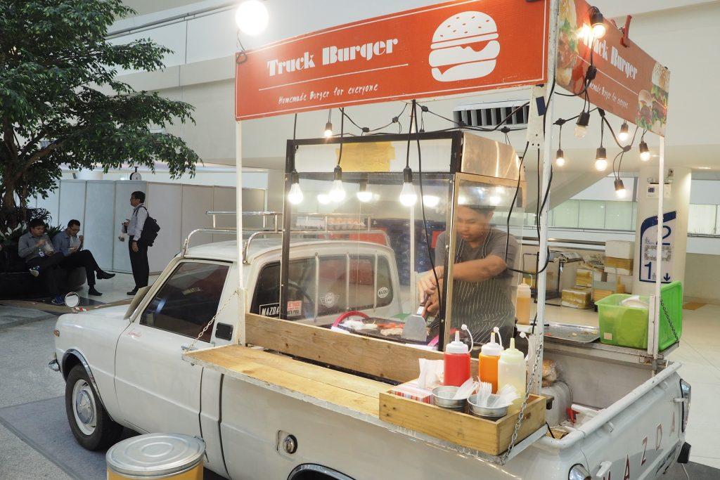 ฟู้ดทรัค vintage Food Truck 2
