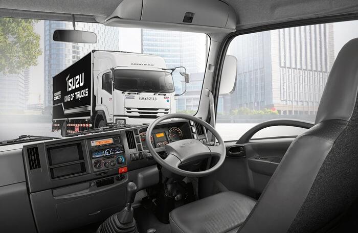 ภายใน รถบรรทุกใหม่ Isuzu King of Truck 2017-2018