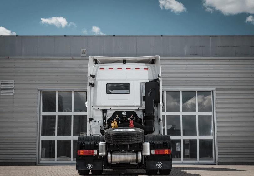 รถบรรทุก Foton Auman EST review ด้านหลัง