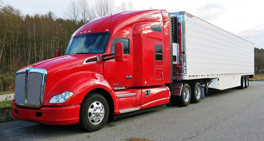 truck kenworth ทำไมในอเมริกาจึงนิยมรถหัวลากแบบหน้ายาว